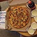 小葉請吃的大PIZZA
