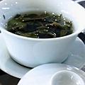 師傅招待高山茶