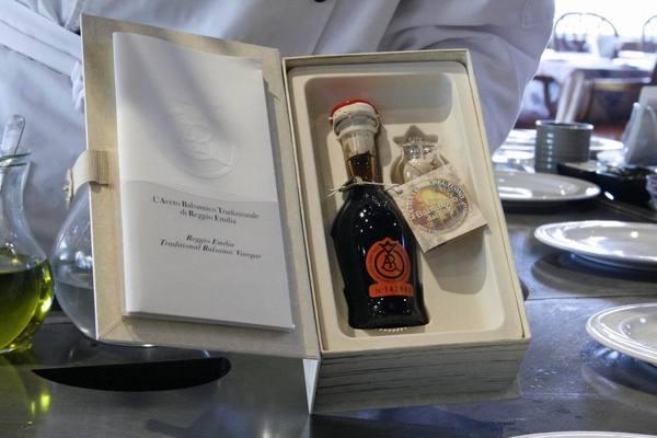 珍藏的義大利紅酒醋