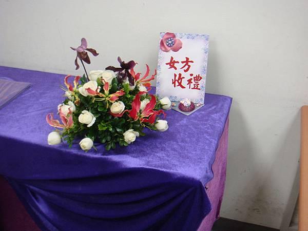 李清海花藝教室-婚禮佈置課程-收禮桌佈置 (4).JPG