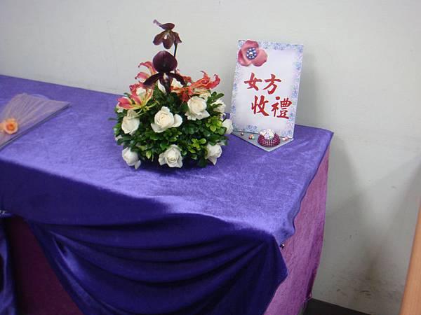李清海花藝教室-婚禮佈置課程-收禮桌佈置 (7).JPG