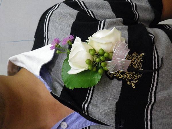 李清海花藝教室-婚禮佈置課程-胸花教學.JPG