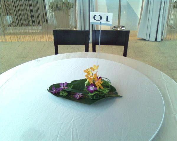 聽障奧運閉幕辦桌餐桌花樣品-2.jpg