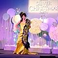 中華花藝設計協會~2009 銀冬耶誕派對 ~peter新娘捧花作品5.JPG