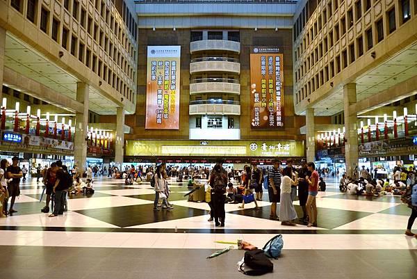 台北車站大廳.jpg