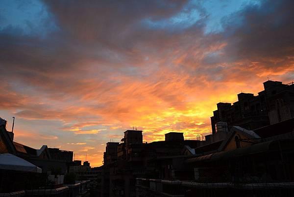 20130801燕子颱風火燒雲1.jpg