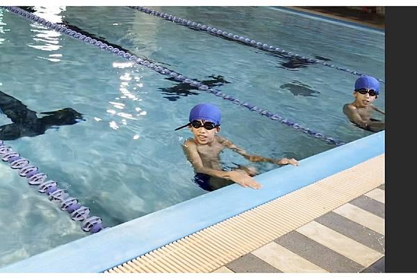 游泳 (2)