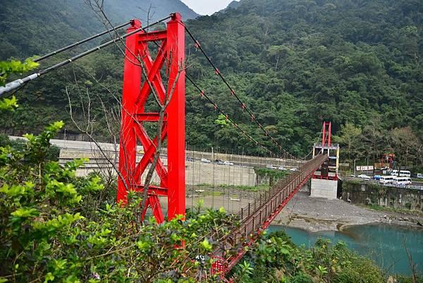 烏來吊橋1.jpg