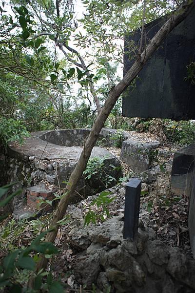DSC09727砲陣地.jpg