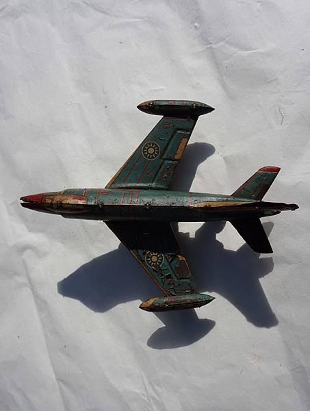DSC03030飛機上面.jpg