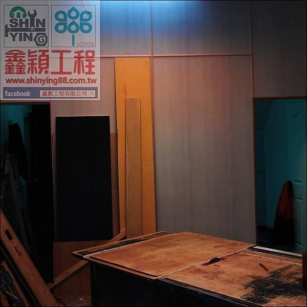 012012-12-18-11-48-10_photo