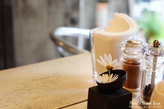 Cinnamon Cafe (11)