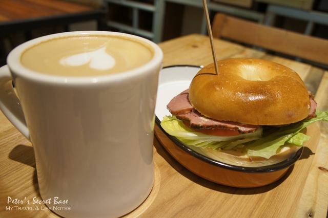 CAFE JUNKIES (6)