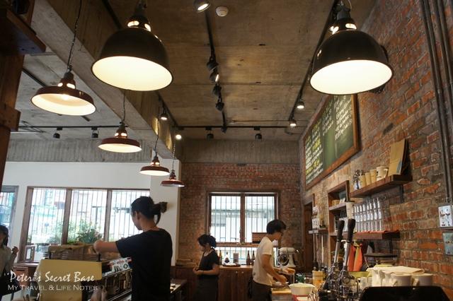 CAFE JUNKIES (11)