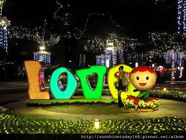 2011-12-17  中銀總行耶誕光廊42.jpg