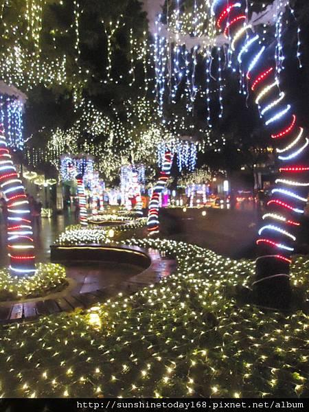 2011-12-17  中銀總行耶誕光廊45.jpg