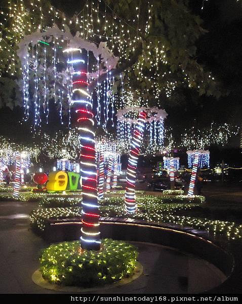 2011-12-17  中銀總行耶誕光廊49.jpg