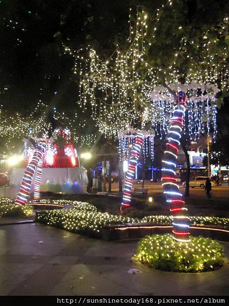 2011-12-17  中銀總行耶誕光廊50.jpg