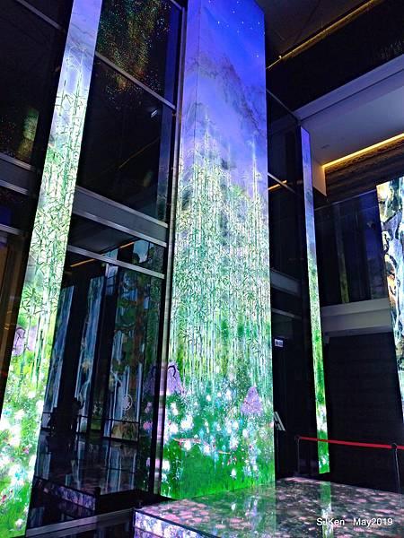 南港中國信託金融園區 ---LED高科技LED互動裝置藝術,連假好去處!