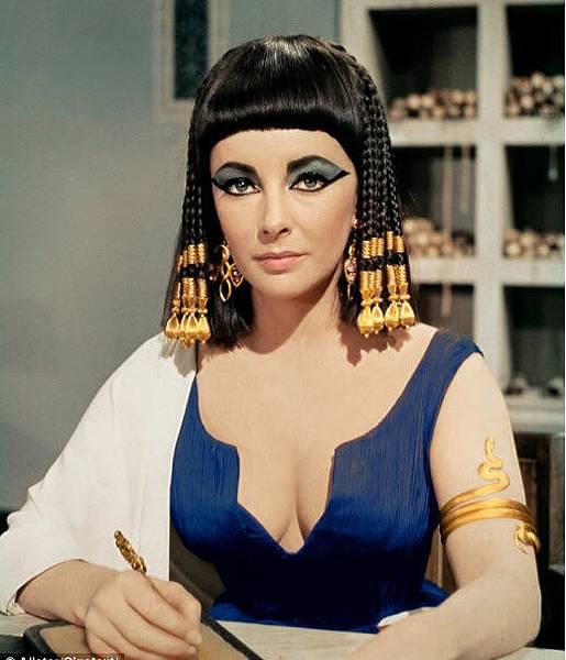 elizabeth-taylor-cleopatra-20th-century-fox.jpg