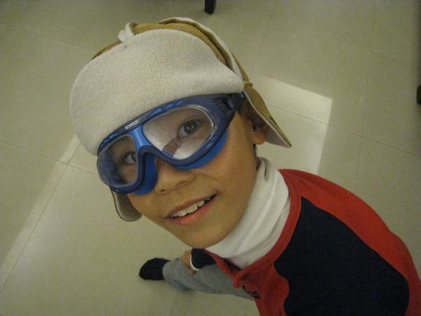 小時候的帽子和眼鏡