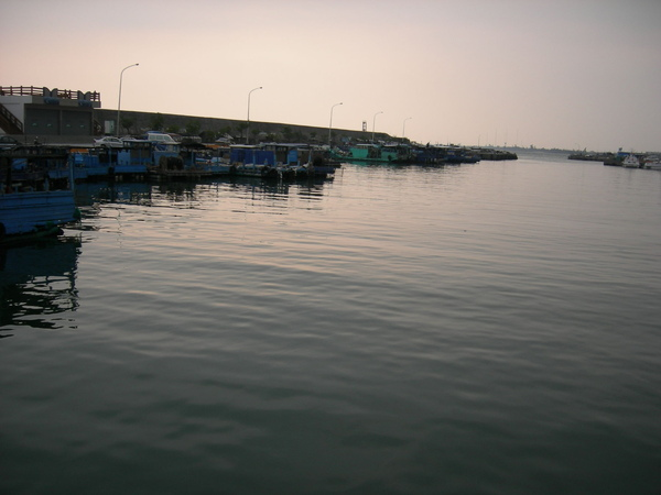 黃昏時的漁港