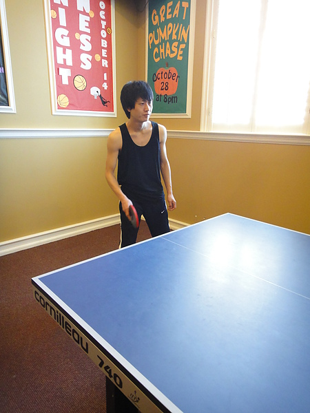苗苗打桌球超級帥