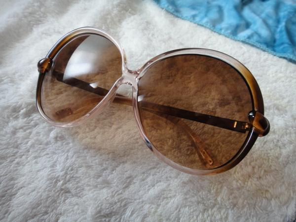 太陽眼鏡2_調整大小.JPG