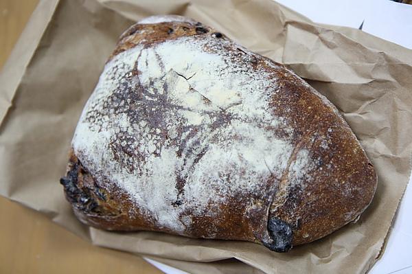 寶春麵包5_調整大小.JPG
