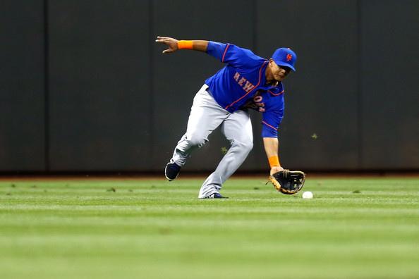 Juan+Lagares+New+York+Mets+v+Cincinnati+Reds+sppVA9US1cyl