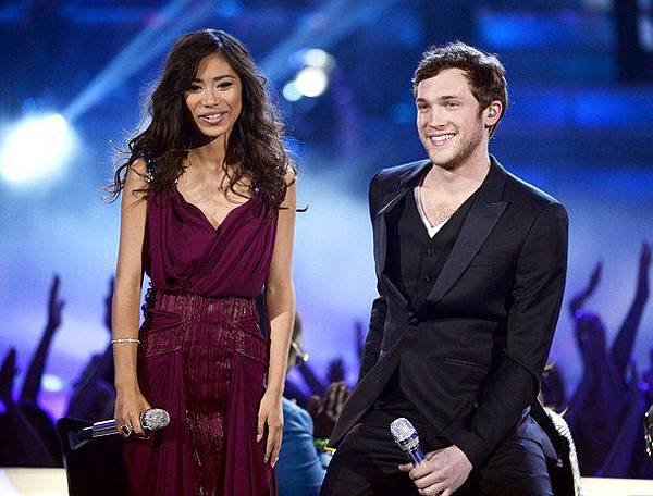 phillip phillips vs jessica sanchez