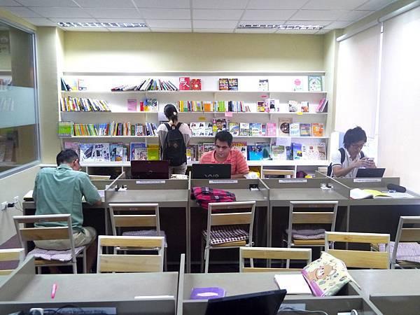 學校自修室 (2)