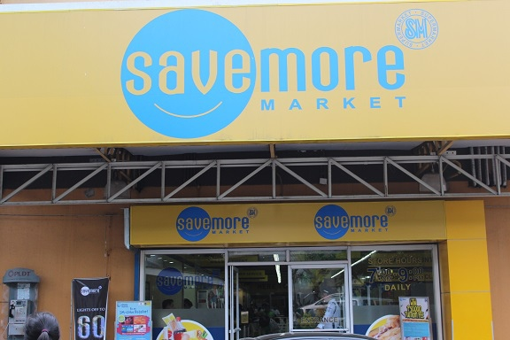 車程10分鐘Savemore Supermarket 2