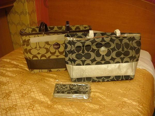 COACH包&皮夾