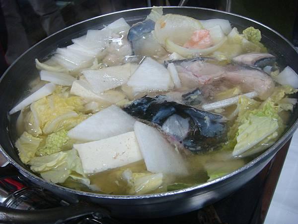 第二天晚餐鮮魚火鍋
