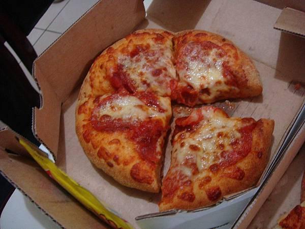 道地美國個人披薩
