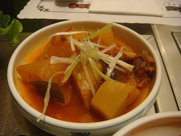 小菜--馬鈴薯燉肉
