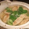 手工黃金海鮮蛋餃砂鍋