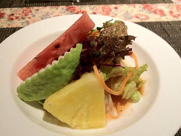 沙拉(紫蘇梅醬)