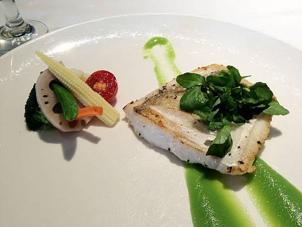 香煎季節性鮮魚(剝皮魚)