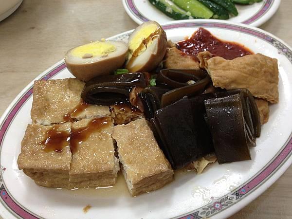 海帶滷蛋豆皮豆腐