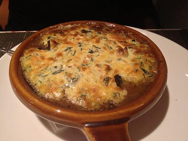 巴黎式焗烤蒜味田螺