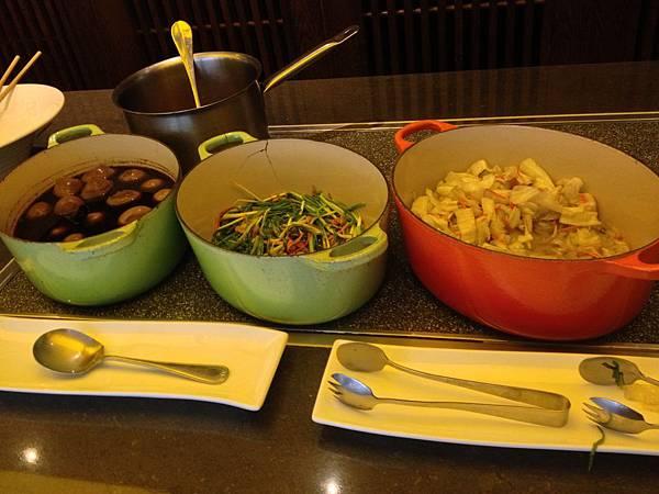 滷蛋&珠蔥&高麗菜