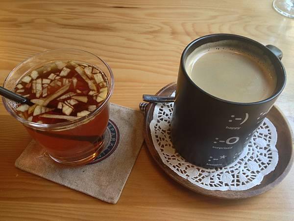 蘋果茶&熱美式咖啡