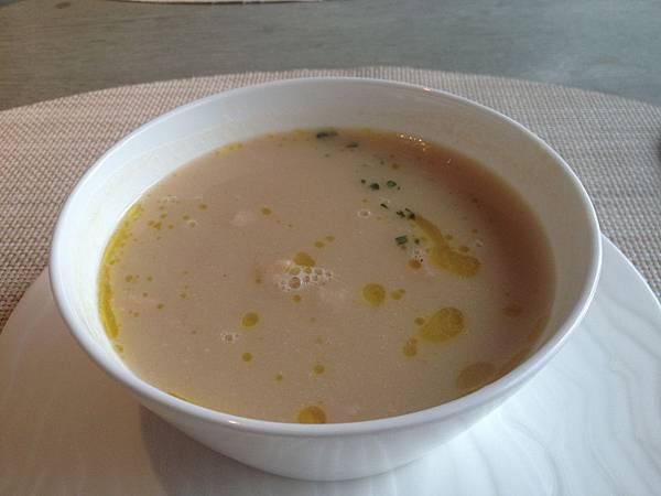 白豆火腿濃湯