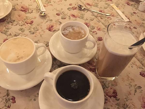 熱咖啡&熱拿鐵&伯爵奶茶&冰拿鐵