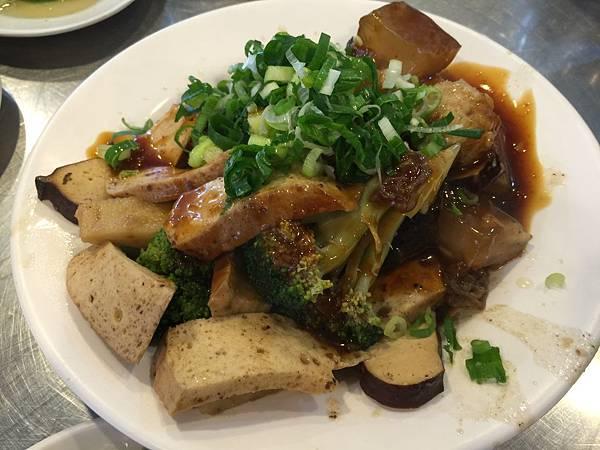 滷味拼盤(中)花椰菜