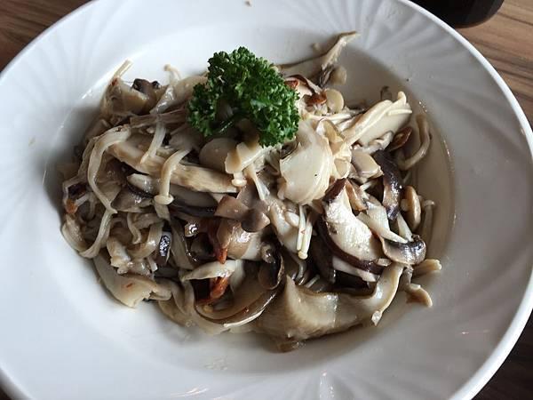 義式炒綜合蘑菇