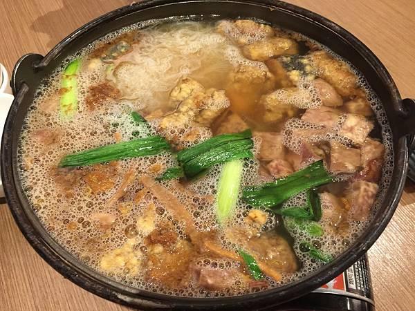 土魠魚米粉鍋