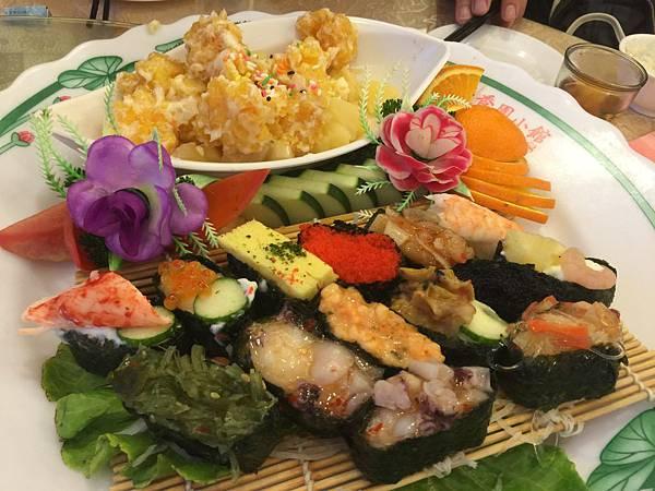 綜合壽司&鳳梨蝦球